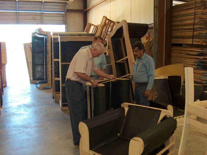 Изготовление мебели в гараже - малый бизнес